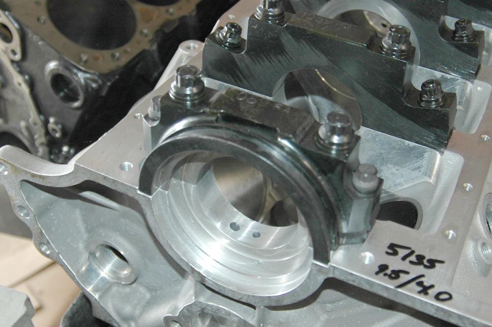 Dart_Aluminum_SBF_351_Rear_Cap